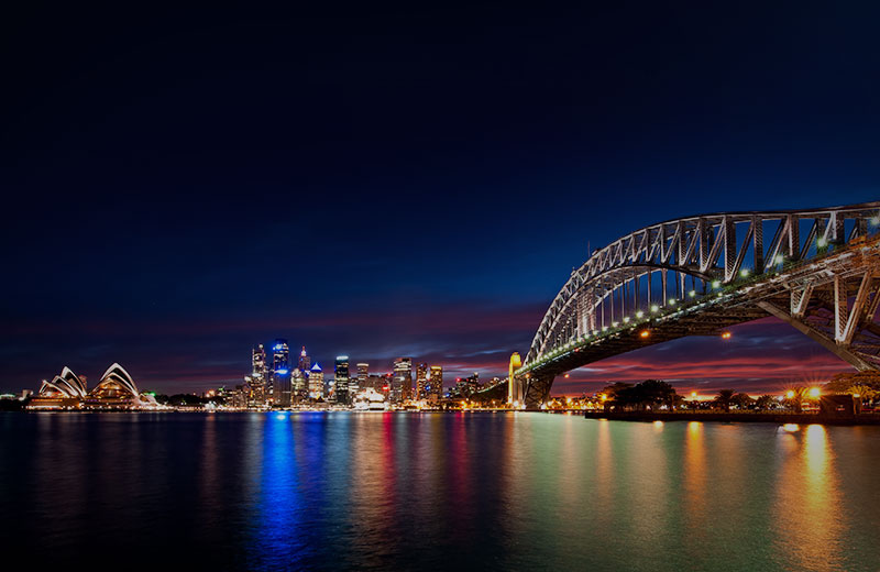 Extravagant Dinner Cruise On Sydney Harbour