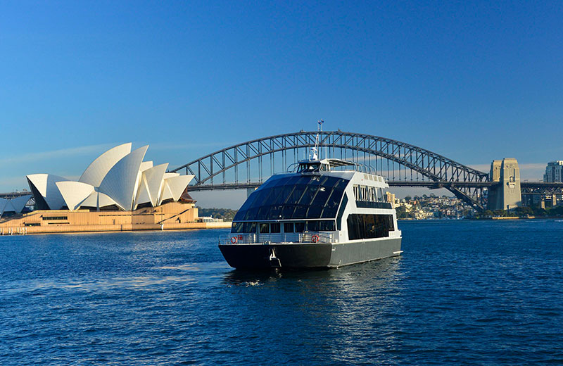 Experience Premium Cruise Dining in Sydney Onboard a Luxury Glassboat