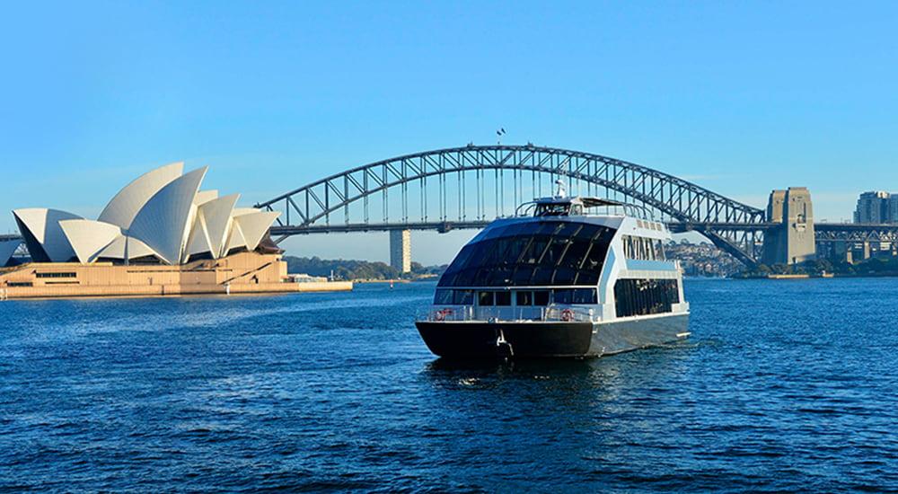 Lunch cruise in Sydney