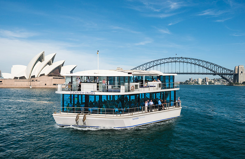Blueroom 2hr Glassboat Transfer & Cocktail Package
